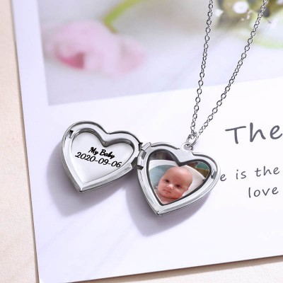 Personalized Engraved Photo Locket Necklace For Mom Dad Gifts